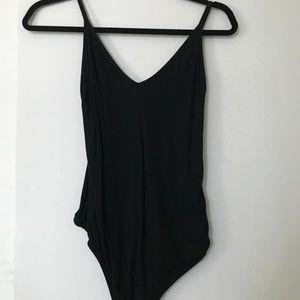 Aritzia Talula bodysuit - Size: M